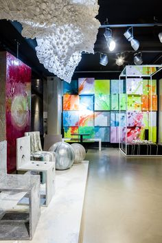 Resin Floor_Gobbetto Showroom Milano Arte, resina, complementi d'arredo