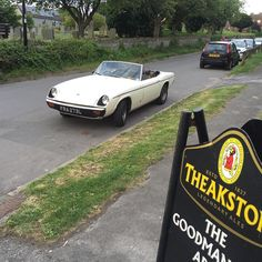 Nice old Jensen Healey #jensen #healey #coolclassiccars #carappraiser #classiccar #english #pub