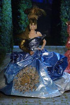 looks 39 from Christian Dior: Paris Haute Couture Autumn/Winter 2006