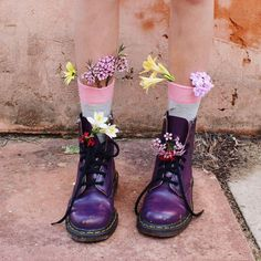 T H E _ C O L L E C T O R | Blooms in your shoes? | Instagram: elllen.sarah