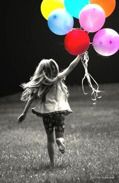 Love this black and white photo with just the balloons in color! Children Photography, Art Photography, Ballons Photography, Color Splash, Color Pop, Belle Photo, Black And White Photography, Cute Kids, Make Me Smile