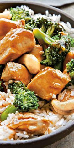Chicken, Broccoli and Cashew Stir Fry