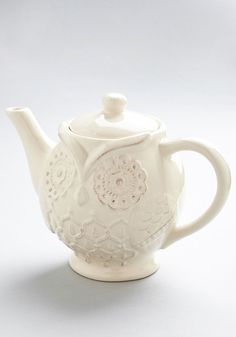 Perched High and Low Teapot. 'Hoot' have thought you'd find an owl teapot so totally cute? #cream #modcloth