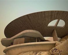 Reference for cylinders in architecture. Hump Day Humps Arango House by John Lautner, 1973 Concept Models Architecture, Futuristic Architecture, Beautiful Architecture, Architecture Design, John Lautner, Brutalist Design, Brutalist Buildings, 1970s House, Concrete Architecture