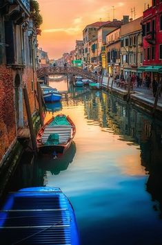 A top tourist destination, Italy offers its visitors a wide range of experiences through each and every one of its regions. Sprawling on over 1,000 kilometers from North to South, the country extends…MoreMore  #ItalianRegions #ActivitiesinItaly #LivinginItaly #VisitingItaly