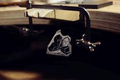 Emaliowana biżuteria - kolekcja barwnych motyli - Sztuk Kilka - Marta Norenberg Lapis Lazuli, Cufflinks, Accessories, Fashion, Moda, Fashion Styles, Wedding Cufflinks, Fashion Illustrations, Jewelry Accessories