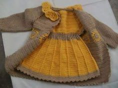 It is a website for handmade creations,with free patterns for croshet and knitting , in many techniques & designs.