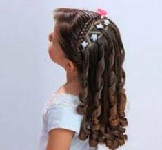 Pin by Vianey Cruz on peinados in 2019 Little Girl Hairstyles, Easy Hairstyles, Cut My Hair, Hair Cuts, Hair Express, Girl Hair Dos, Toddler Hair, Short Hair Styles, Barbie