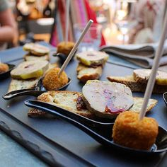 AIGUES MORTES // Mise en bouche : duo de foie gras 😱❤️ ... au revoir #challengeSanté . ➕LE DIT VIN • restaurant . 📍Aigues Mortes (30) France🇫🇷 🌍 Blog Day en Camargue 👉🏻 #blogdayaiguesmortes