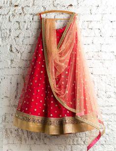 Lehenga Choli: Best Indian Lengha and Ghagra Choli Online Indian Lehenga, Lehenga Saree, Anarkali, Bollywood Lehenga, Sabyasachi, Saree Blouse, Indian Skirt, Indian Dresses, Indian Outfits