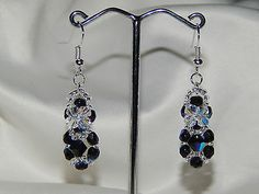 boucles d'oreilles cristal swarovski et perles de verre facettes NOIR BLANC €5
