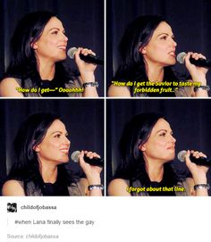 Lana Parrilla finally getting the line.  New Jersey Creation Con, June 4, 2016