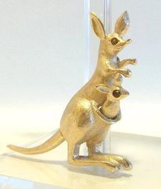 articulated Kangaroo brooch pin