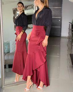 Elegant Dresses, Beautiful Dresses, Hijab Fashion, Fashion Dresses, Long Skirt Outfits, Looks Chic, Classy Outfits, African Fashion, Dress Skirt
