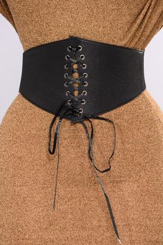 Available In Black And CamoCorset Wide Belt Front Lace Up Detail Elastic Band Contrast Snap Button Closure Imported Apple Shape Fashion, All Fashion, Boho Fashion, Fashion Outfits, Womens Fashion, Fashion Black, Fashion Trends, Cinto Corset, Diy Corset