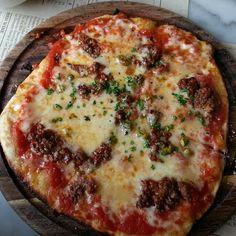 Loving this Sicilian lamb, pistachio & truffled honey pizzetta at Il Pirata in Belfast! ♡