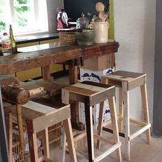 Great Piet Hein Eek bar stools in our Studioilse Residency from @hollygolightlydk #welove #pietheineek #greatfurniture #comesee #theapartment #studioilse #ilsecrawford #theresidency