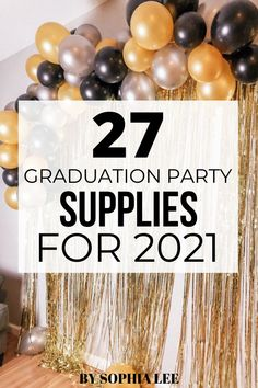 This is the first graduation party I am throwing and I had no idea where to begin. This post on graduation party supplies was extremely helpful for planning my daughter's graduation party. Outdoor Graduation Parties, Graduation Party Planning, High School Graduation Gifts, Graduation Party Supplies, Graduation Party Decor, Graduation Ideas, Grad Parties, Graduation Banner, Graduation Quotes