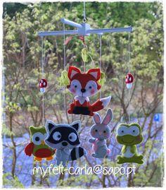 Mobile com animais da floresta em feltro!
