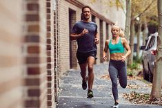 10 SECRETS OF EVERYDAY RUNNERS Jogging Tips, Buy Shoes Online, Fitflop, Shoe Brands, Asics, Clarks, The Secret, Runners, Sporty