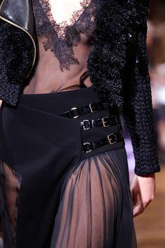 Haute Couture Lanvin Spring 2017 Détail Noir et Transparence Rock style
