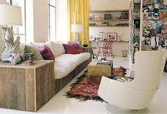 Reclaimed wood couche