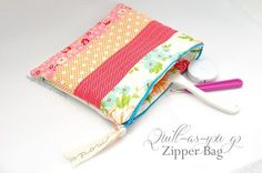 Tutorial: Quilt-as-you-go zippered pouch