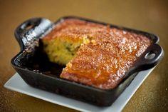 Receta de Torta de Elote con Rajas de Chile Poblano.