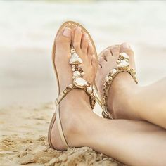 Italian handmade leather sandals trademarked with certified Swarovski crystals Flat Sandals, Leather Sandals, Flats, Jet Set, Dubai, Italian Sandals, Online Shopping, Relax, Holiday Essentials