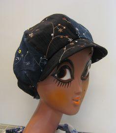 Siniruskea amettilippis. Bucket Hat, Hats, Fashion, Moda, Bob, Hat, Fashion Styles, Fashion Illustrations, Hipster Hat
