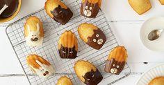 Madeleines décorées Kawaii, Sugar, Cookies, Desserts, Food, White Chocolate, Butter, Recipe, Parchment Paper Baking