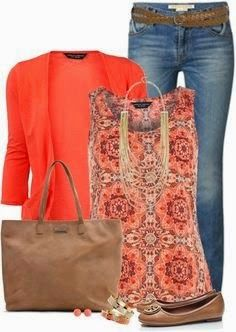 Great casual summer outfit.  Like the color combo, especially the print top.