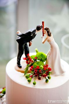 baseball cake topper http://www.weddingchicks.com/2014/01/16/scripps-seaside-forum-wedding/