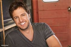 country singers - Favorite male country singer..love me some Luke Bryan