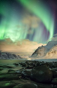 59 Pictures of the Northern Lights and Aurora Australis . Beautiful Sky, Beautiful Landscapes, Beautiful Places, All Nature, Amazing Nature, Science Nature, Magic Places, Ciel Nocturne, To Infinity And Beyond