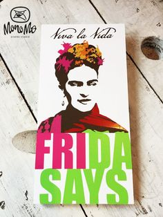 Frida Kahlo | Decorative Frame | Pvc and Decal | Ready to hang | By Monomo Studio | Design Studio and Store | Cancún, México.