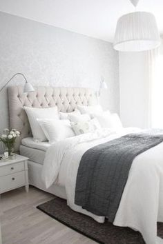 99 White And Grey Master Bedroom Interior Design 28 Bedroom Blinds, Master Bedroom Interior, Budget Bedroom, Dream Bedroom, Bedroom Decor, Peaceful Bedroom, Retro Home Decor, White Bedding, Decoration