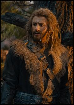 THERE!! THERE'S AN ODD FILI FACE!! HA!! I HAVE FOUND ONE!! ~Kili
