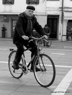 biker #people #streetphotopio Eye Expressions, Street Photographers, Around The Worlds, Urban, In This Moment, Landing, People, Biker, Italy