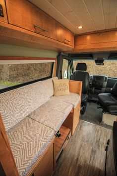 Fitz Roy - Freedom Vans 170 Sprinter Van Conversion Cushion between dinette seats turns it into a sofa. Van Conversion Interior, Camper Van Conversion Diy, Benz Sprinter, Converted Vans, Kombi Home, Storage Bench Seating, Sprinter Van Conversion, Van Home, Vw T