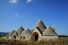 Abandoned trulli in Montalbano, Puglia, Italy | Picture by Michele Miccoli