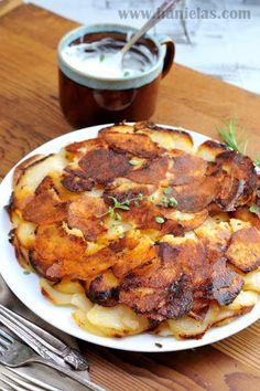 Potato Herb Galette with Garlic Cream - http://www.diypinterest.com/potato-herb-galette-with-garlic-cream/