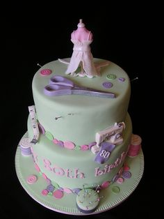 Perfect cake for seamstress
