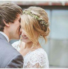 Flowers wedding hair