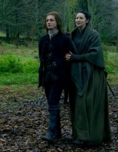 "Claire Fraser (Caitriona Balfe)  in Episode 208 ""The Fox's Lair"" of Outlander Season Two on Starz via https://outlander-online.com/"