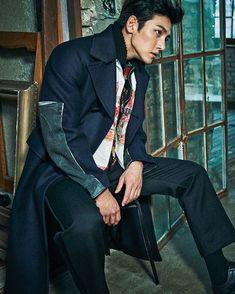 His jawline 💝 Ji Chang Wook Korean Star, Korean Men, Asian Actors, Korean Actors, Korean Dramas, Hot Actors, Actors & Actresses, Hottest Actors, Ji Chang Wook Photoshoot