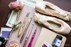 Let your fountain pirouette across the page! If writing takes center stage in your life, read this blog. Fountain pens and ballet make create a beautiful pas de deux in this On Pointe collection. Pin for later!