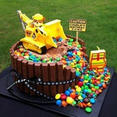 Paw Patrol - Rubble birthday cake - could be a good development on last year's digger cake for the little man's birthday! Paw Patrol Birthday Cake, 4th Birthday Cakes, Paw Patrol Party, Birthday Ideas, 4 Year Old Boy Birthday, Baby Boy Birthday Cake, Third Birthday, Paw Payrol Birthday, Digger Birthday Cake