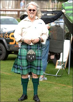 Billy Connolly in a kilt! Billy is a comedian that I love his rendition of the Glasgow Bombers at the airport is a masterpiece. Scottish Man, Scottish Actors, Scottish Kilts, Billy Connolly, Men In Kilts, Komplette Outfits, Tartan Plaid, Comedians, Beautiful Men