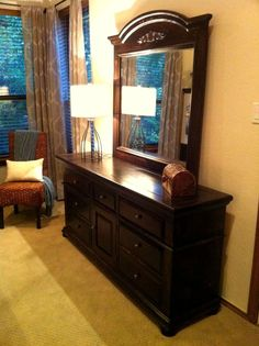 This Is How Our Broyhill Fontana Bedroom Furniture Would Look With Java Gel.
